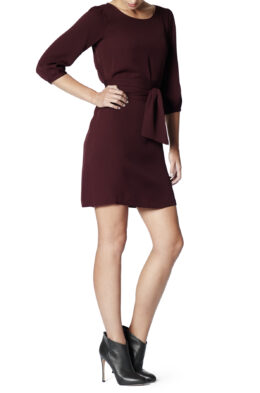 Hanna burgundy side 2
