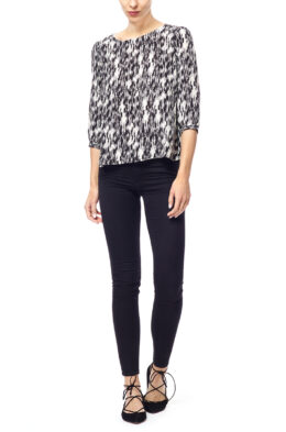 Lina black white abstract front